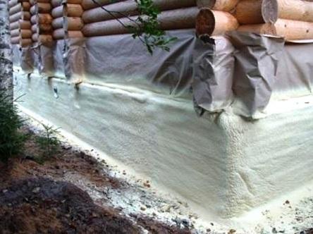 Фундамент брусового дома, утепленный напылением пенополиуретана