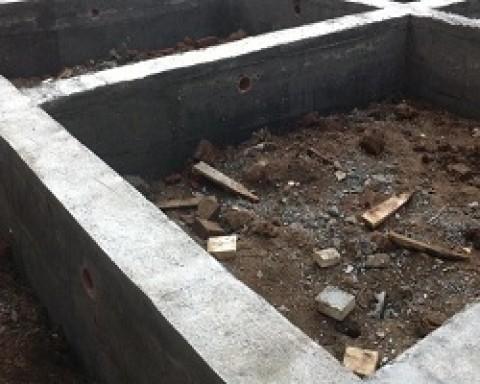 Как заливать бетон в опалубку и когда ее снимать?